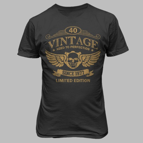 Wings t-shirt with the title 'Vintage'