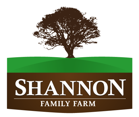 Family farm logo with the title 'Professional Look for a Family Farm Logo'