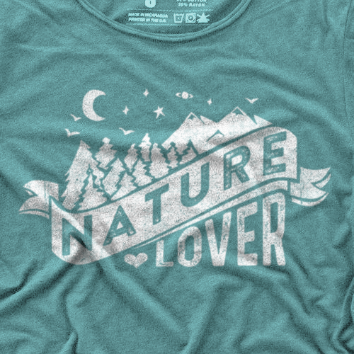 Mountain t-shirt with the title 'Nature Lover Design'