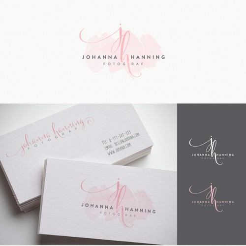 Pink and red logo with the title 'Johanna Hanning Fotograf - Watercolor Logo'