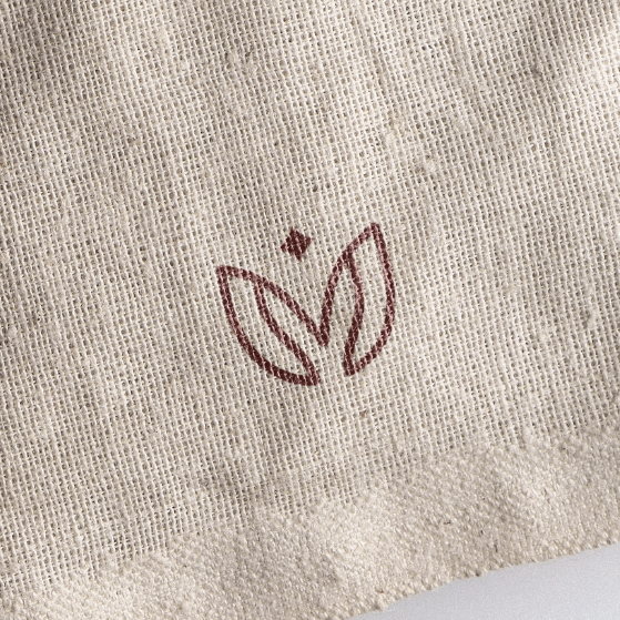 Fabric logo with the title 'anacoe'