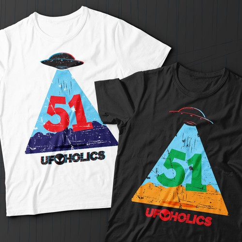 Alien t-shirt with the title 'UFOholic'