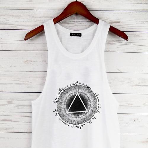 Yoga t-shirt with the title 'Ekaminhale sun worship '