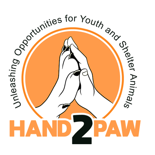 Paw logo with the title 'logo design'