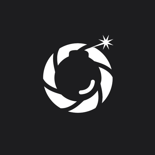Black and white logo with the title 'photobomb studio'