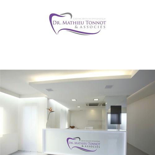 cr ation d 39 un logo pour cabinet dentaire innovant logo business card contest. Black Bedroom Furniture Sets. Home Design Ideas